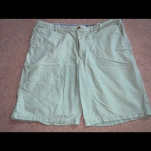 "Izod 40"" Shorts 100% Cotton 10"" Inseam Mint Green"